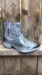 Roan Womens Boots Leather US 8 $69.99