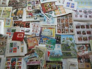 World Souvenir Sheets Stamp Collection Lot 25 Different sheets $12.99