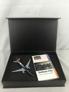 Phoenix Model Turkish Airlines Boeing 777 300ER Batman Vs Superman Model 1:400