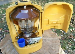 Vtg 1979 Brown Coleman Model 275 Double Mantle Lantern w Clam Shell Case Nice