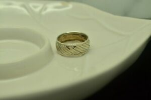 925 STERLING SILVER ANGLE CARBIDE W MILGRAIN ACCENT RING BAND SIZE 7.25 #X28477 $14.40