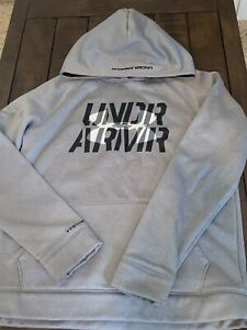 Youth Under Armour Hoodie $15.00