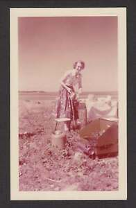 CAMPING ON GRASS PLAINS HAPPY WOMAN PICNIC OLD VINTAGE PHOTO SNAPSHOT Y361