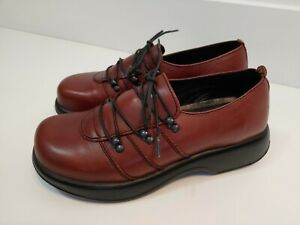 DANSKO Womens 40 US 9 Janika Brown Leather Nursing Shoes Lace Up Clogs Slip On