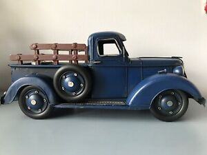 VINTAGE METAL 37 CHEVY TRUCK PICKUP