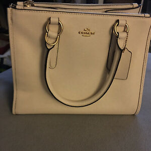 Coach purse new without tags N•L1778 F14978