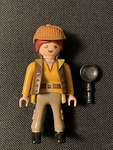 Playmobil Figure Series 16 Girls #70160 DETECTIVE One Cost S H $$ $4.99