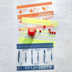 Pampered Chef Small Flexible Cutting Mats. NEW IN PACKAGE