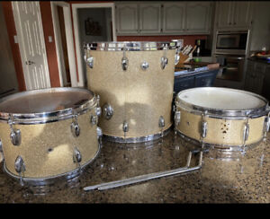 Vintage Japan 3 Sparkle Drums Snare Tom Floor Need Work MIJ 60#x27;s 70's $215.00