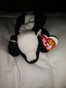 **RARE RETIRED STINKY THE SKUNK BEANIE BABY WITH ERRORS**