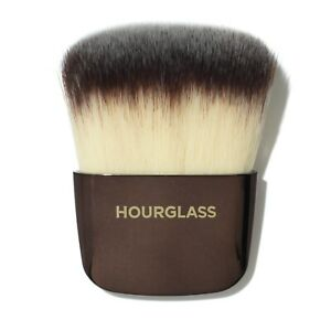 HOURGLASS Ambient Powder Brush NEW MSRP: $38 100% Authentic $16.99