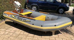 Avon 90s Fishing Boat Inflatable Dinghy With Oars amp; Johnson Motor Pump Blow Up