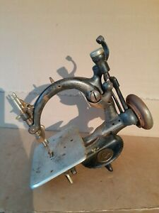 Willcox amp; Gibbs Last Patent Date 1883 Antique Sewing Machine Serial # A483709 $165.00