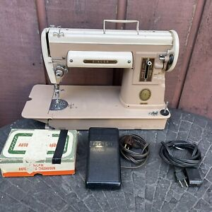 Singer 301A Sewing Machine W Pedal amp; Zigzagger $179.99