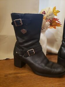 harley davidson womens boots 7.5 Gently used boots 7.5. Nice comfortable heeled