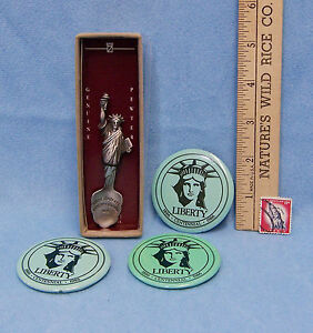 Vintage New York Statue Liberty Pewter Collector Spoon 3 Button Pins 11 C Stamp