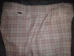 OAKLEY GOLF PLAID SHORTS SIZE 34 36  MENS NWT $75.00