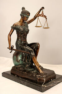 Sitting Lady Justice Bronze Metal Art 16