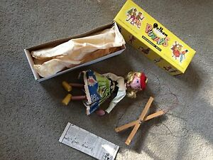 puppet s s mitzi with box and instructions