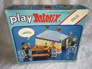 asterix play vintage boxed complete officers