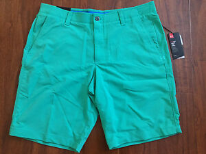 Men's UNDER ARMOUR size 38 green