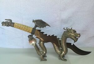 Fantasy Dragon Knife With Antique Tibet Lucky Dragon Display