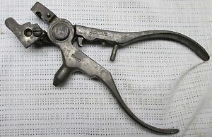 ANTIQUE 1884 IDEAL MFG. CO. 32-20 BULLET MOLD & RELOADING TOOL NEW HAVEN CONN.