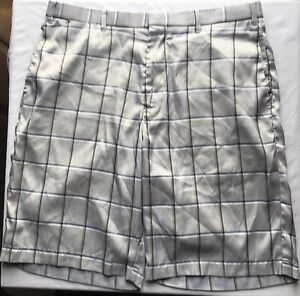 Men's Callaway Golf Shorts Size 34 LIGHT GREY PLAID PRE OWNED!