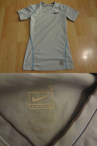 Youth Boys Nike Pro Fit Dry S(46) Compression Shirt Light Blue