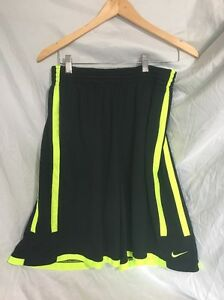 Nike Dri-Fit Men's XL Athletic Shorts Blackgreen Pockets & drawstring521132-077