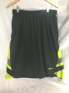 Nike Dri-Fit Men's XL Athletic Shorts Dark Greenlime green drawstringspockets