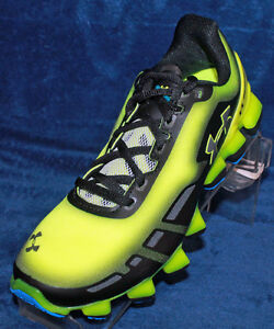 New Boys Youth Under Armour BGS Scorpio Size 5.0 - 1258202-731