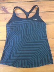 Nike Dri Fit Dry Black Womens Racerback Bra Tank Top Workout Shirt S 4-6 30