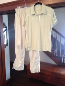 Womens Nike Dri Fit 2 Piece Set Golf Checkered Track Pants 3 Button SS Polo Top