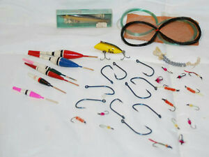 VINTAGE LOT OF ASSORTED FLY FISHING RAPALA WOBBLER HEDDON TINY LUCKY 13 LURES