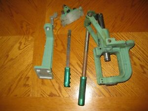RCBS  PRESS   Shotgun Rifle  RELOADING Press wextra tools included USED