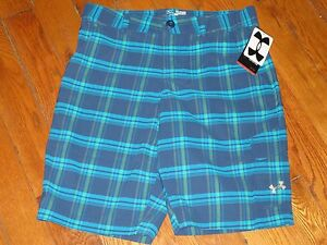 NWT UNDER ARMOUR YOUTH BOYS XL (18-20)  Big Sewn Logo Cargo  Plaid Golf Shorts