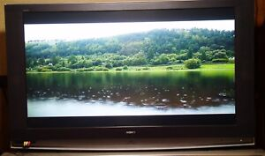 Sony Grand Wega 60 in LCD rp HD-TV m# KDF-E60A20 with original stand