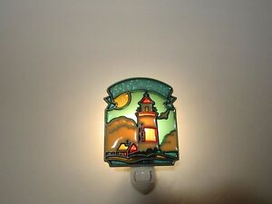 BEAUTIFUL LIGHTHOUSE STAINED GLASS STYLE NIGHT LIGHT
