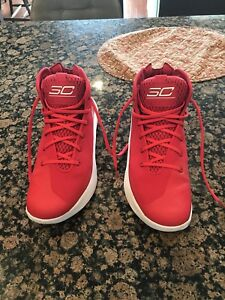 *Ultra Rare* Under Armour Stephen Curry 3 Shoes