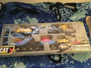 Caterpillar CAT Motorized Construction Express Train Set