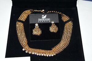 Authentic $395 DANIEL SWAROVSKI Gold Crystal Necklace & Earring Set
