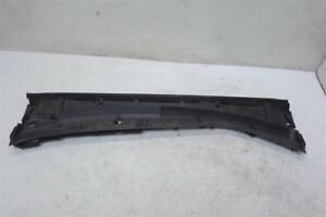 14 15 16 17 18 Toyota Corolla 1.8L Front Molding Windshield Cover 55708-02560