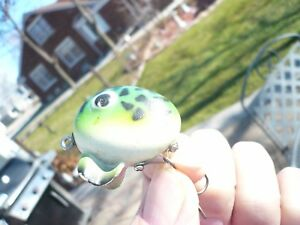 SOUTH BEND FIN DINGO FROG MODEL SWEETODD UNIQUE VINTAGE LURE SEMI-RARE COLOR