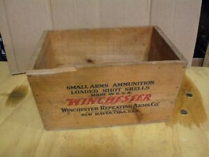 Vintage Winchester Staynless 10 Ga.Shotgun Wooden Ammo Crate Ammo Box NICE !!