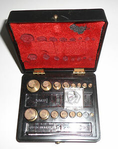 Ohaus Pharmacy Weights Set in Box 5601 missing 2oz weight 31pc Antique Vintage