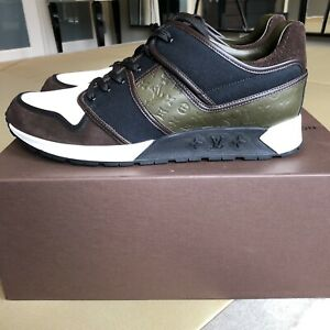 Louis vuitton Men Sneakers Size 10(US11). Green. New Still In Box. Patchwork.