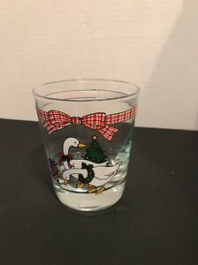 Christmas Glass Cup Tumbler Goose Holiday glassware dinner juice drinking 4quot;