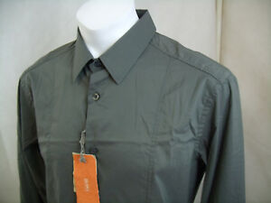 C432 NEW WITH TAGS HUGO BOSS SHIRT SIZE XL $39.95