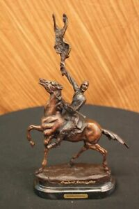 Bronze sculpture by Frederic Remington